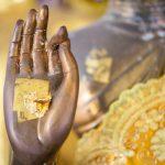 shutterstock_414485635main_bouddha_statue